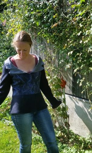 Jacke blau Spinnweb1 72px