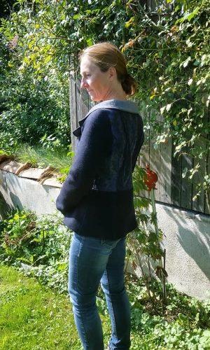 Jacke blau Spinnweb2 72px